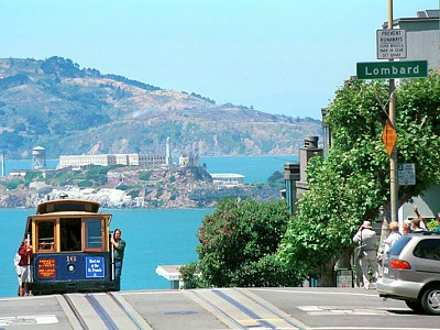 A day in San Francisco - Temples, Vistas, and Cable Cars!